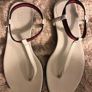 Gucci thong sandal size 6.5